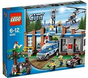 Lego City - 4440 - Jeu de Construction - Le Poste de Police en Forêt