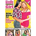KissMe Girl: Girls Kissing - Vol. 4