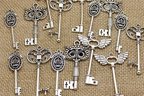 Peace&Joy Mixed Set of 28 Large Skeleton Keys in Antique Silver