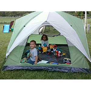 Backyard Campouts: The Perfect Nighttime Activity