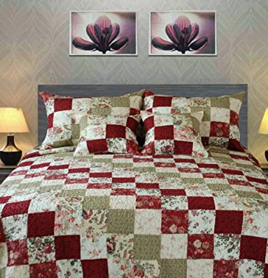 Tache 3 to 5 Piece 100% Cotton Patchwork Checkered Floral Country Cottage Quilt Set