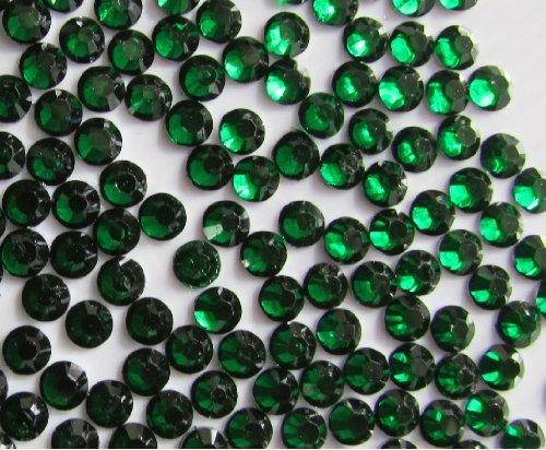 144pcs Round Flatback Rhinestones 5mm (21ss)--- Emerald Green By Pixiheart