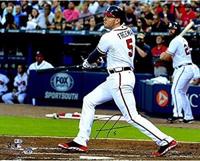 "Freddie Freeman Atlanta Braves Autographed 16"" x 20"" Hitting in White Photograph - Fanatics Authentic Certified"