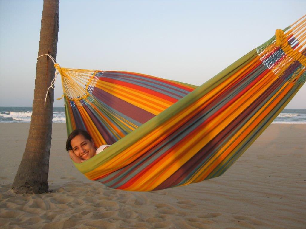 Vida paraiso especial - bunte Familienhängematte aus Brasilien mit Macramerand