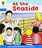 At the Seaside. Roderick Hunt, Gill Howell