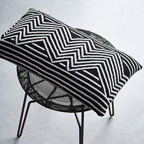 Essenza Dekokissen Yilka black/white ca. 30x50 cm