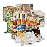 BIERE DER WELT Geschenkkarton ++ Bier-Info ++ Tasting-Anleitung ++ Bierdeckel. Männergeschenk zum Geburtstag / Weihnachten / Vatertag. Das ausgefallene und besondere Geschenk (9x0,33l)