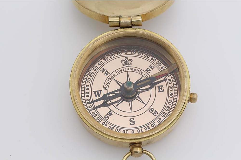 Thoreau's Go Confidently Quote Compass W/Stamped Case. 4