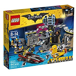 LEGO BATMAN MOVIE Batcave Break-in 70909 Building Kit (1045 Piece)