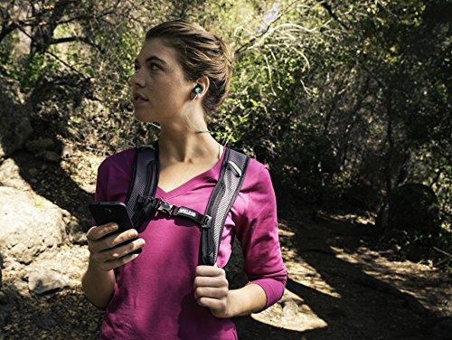 JBL Reflect Mini BT Auricolari Sportivi Resistenti al Sudore, Wireless, Bluetooth, con Cavo Altamente Riflettente, Controllo Remoto e Microfono in Linea a 3 Pulsanti, Universale, Compatibile con Smartphone e Tablet Android/iOS, Nero