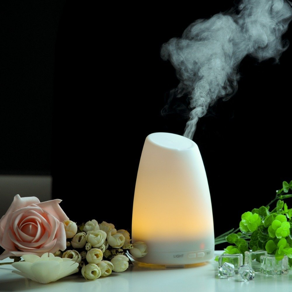 Aroma Humidifier, Camkey 100ml Aromatherapy Essential Oil Diffuser Ultrasonic Cool Mist Aroma Humidifier With Color LED Lights Changing and Waterless Auto Shut-off Fuction for Home, Yoga, Office, Spa