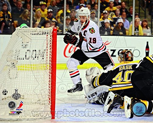 Jonathan Toews Goal Game 4 of the 2013 Stanley Cup Finals Photo 10 x 8in
