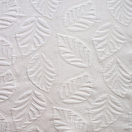 Sancarlos - COLCHA PIQUÉ SEVILLA CREMA - Esquinas redondeadas - Con dibujo ornamental - varias tallas disponibles