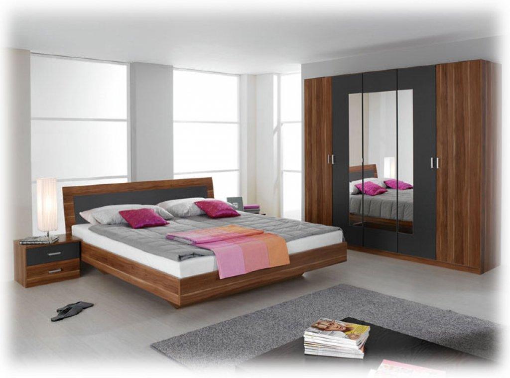 Komplette Schlafzimmer Trevi kernnuß mit 180×200 bett 2 nachttische 1 Kleiderschrank 2 mal 7 Zonen Lattenrost 130 kg belastbarund 2 Matratze ohne sideboard