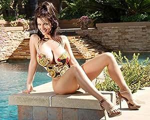 Amazon com sexy sexy denise milani 8 x 10 glossy photo picture