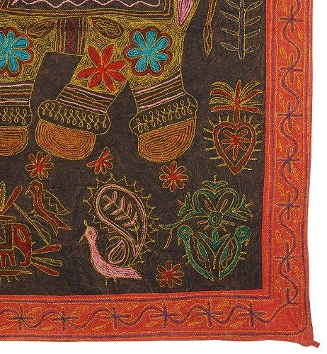 Imagen 3 de Bordado Tradicional Tapiz Tradicional Zari Work-Wall Hanging-Table tiro en tela de algodón Tamaño 36 x 36 pulgadas