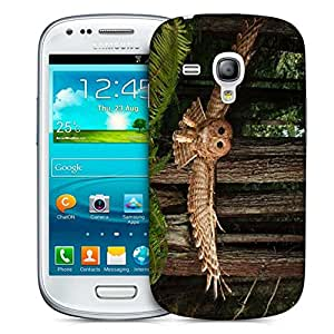 Snoogg Flying Owl Designer Protective Phone Back Case Cover For Samsung Galaxy S3 Mini