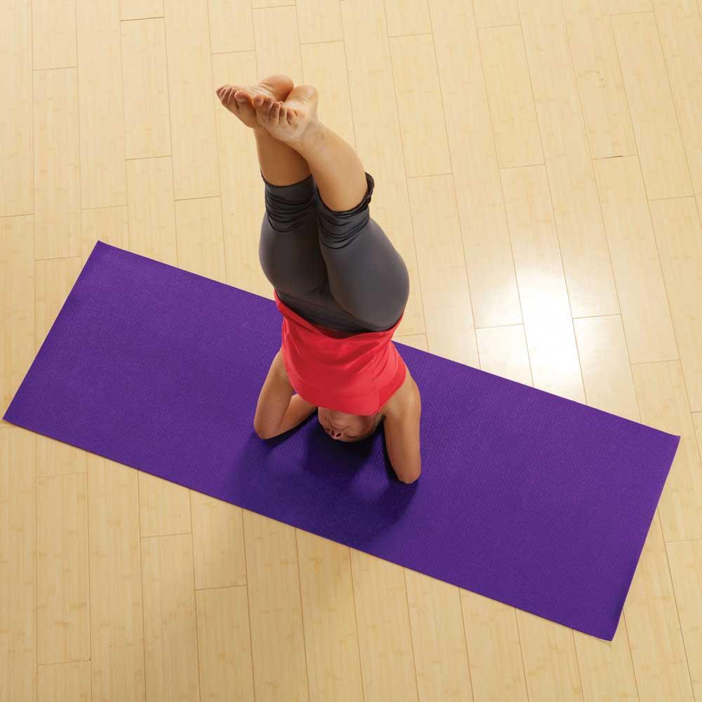 Amazon.com : Gaiam Premium Yoga Mat (5mm) : Sports & Outdoors