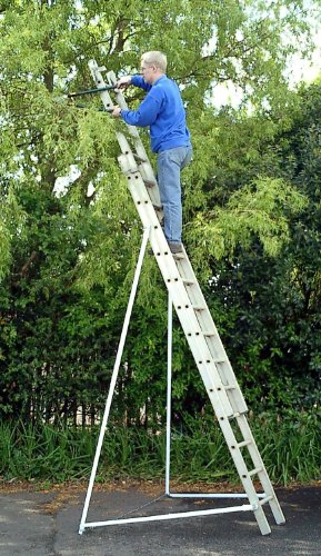Ladder Stabiliser (447)-Ladderbrace turns any ladder into a free-standing platform.