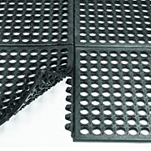 "Wearwell Natural Rubber 472 WorkSafe Anti-Fatigue Modular Mat, for Wet Areas, 3' Width x 3' Length x 1/2"" Thickness, Black"