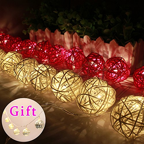 Goodia Batteriebetriebene 2.2M Weiß & Pink Rattan Kugel-LED Lichterkette mit 20 warmweiße LED - Ideal Hochzeit, Weihnachten & Party String Lights (Geschenk: 10 Sliver / Gold marokkanischen Orb Batteriebetriebene LED Lichterkette)