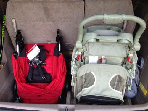 review britax 2013 b agile and b safe travel system. Black Bedroom Furniture Sets. Home Design Ideas