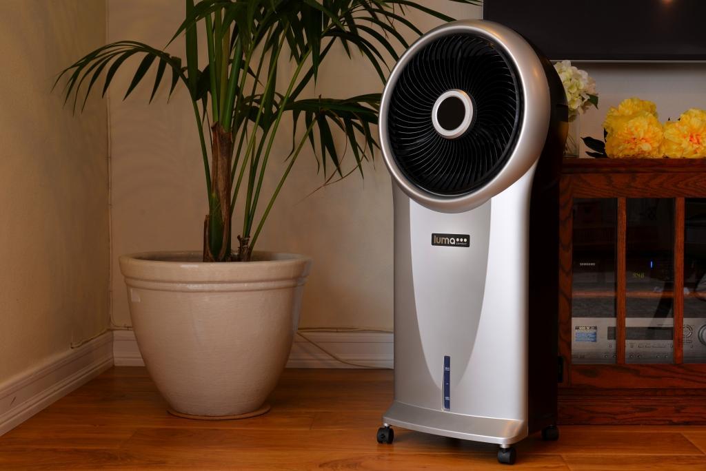 luma comfort ec110s portable evaporative cooler with 250 square foot