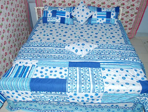 Handmade Mughal Bedspread Spiral Dott Bed Sheet Comforter with Cushions Cover Quilts Pillow Cases 90