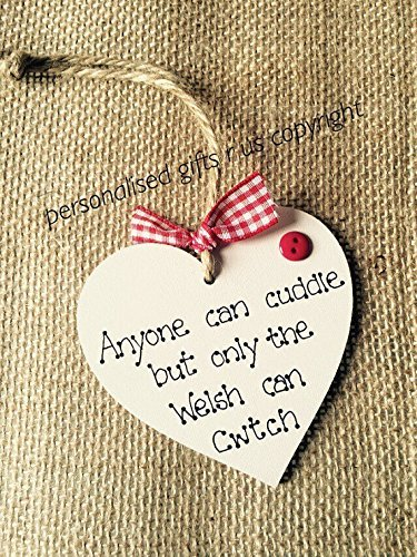 valentines-gift-handmade-heart-anyone-can-cuddle-but-only-the-welsh-can-cwtch-or-cwtsh-decorative-wo