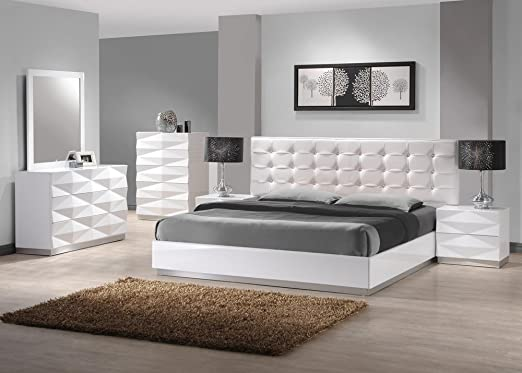 J&M Furniture Verona Modern White Lacquer & Leather Bedroom Set -King Size