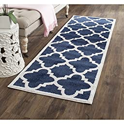 Safavieh Amherst Collection AMT423P Navy and Beige Indoor/ Outdoor Runner, 2 feet 3 inches by 9 feet (2\'3\