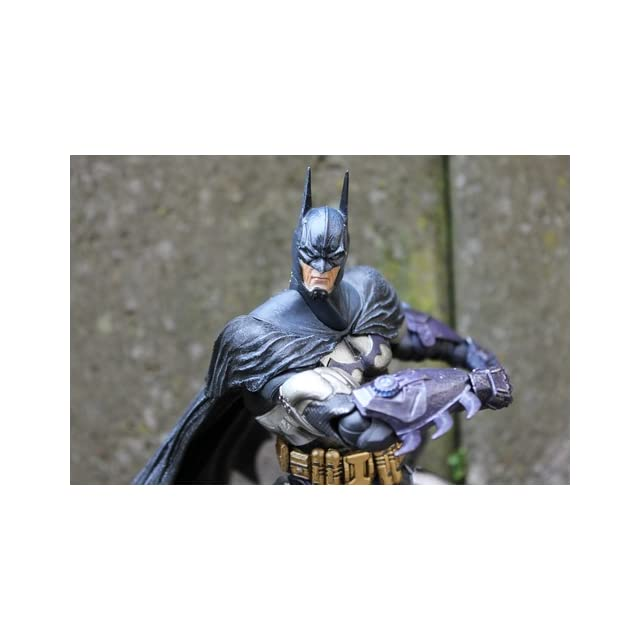 Square Enix Batman Arkham Asylum Play Arts Kai Armored Batman Action Figure
