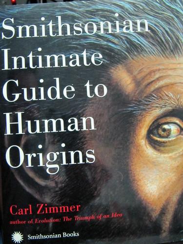 Amazon.com: Smithsonian Intimate Guide to Human Origins (9780060829612): Carl Zimmer: Books