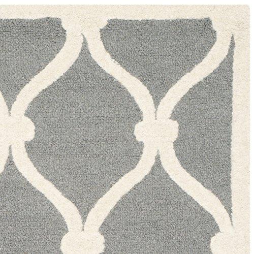 Safavieh Cambridge Collection CAM710D Handmade Dark Grey and Ivory Wool Area Rug, 4 feet by 6 feet (4' x 6')