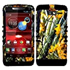CellPhone Trendz Hybrid 2 in 1 Case Hard Cover Faceplate Skin Black Silicone and Camo Mossy Hunter Oak Big Branch Snap Protector for Motorola DROID RAZR M (XT907