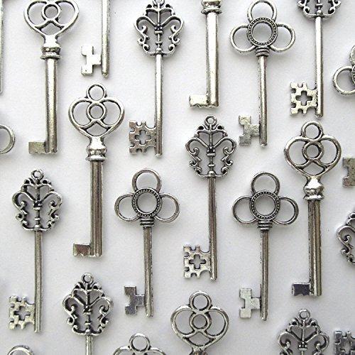 salome-idea-mixed-set-of-30-large-skeleton-keys-in-antique-silver-set-of-30-keys-silver-color