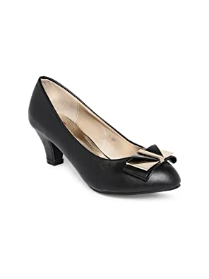 90c553503e red pout Women Black Pointy Toed Pumps available at Amazon for Rs.999
