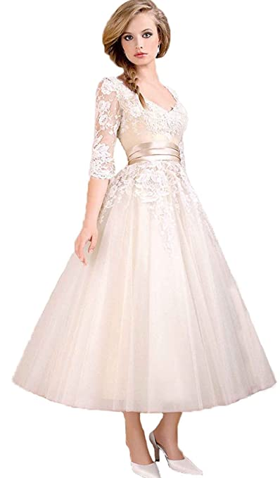 Sexy V-neck Ruffles Empire Line Evening Dress Lace Ball Gown