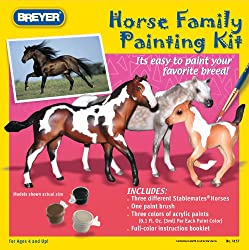 BREYER HORSSE FAMILY PAINTING KIT STABLEMATES