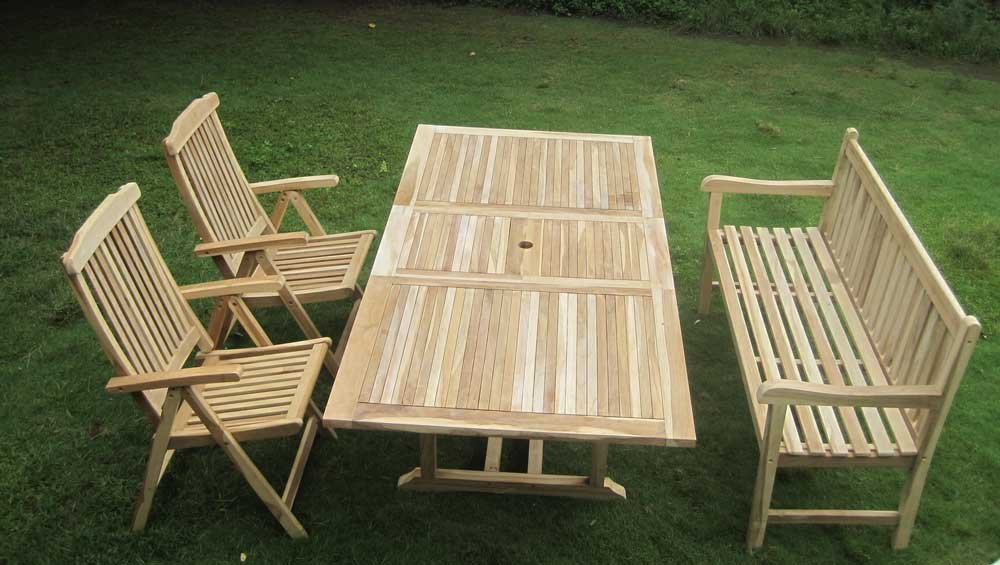 SAM® Teak Gartengruppe Gartenmöbel Kuba-S II 4 teilig, 1 x Bank + 2 x Hochlehner + 1 x Auszugstisch