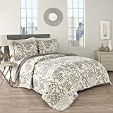 Traditions by Waverly Set in Spring 3-Piece Quilt Collection King