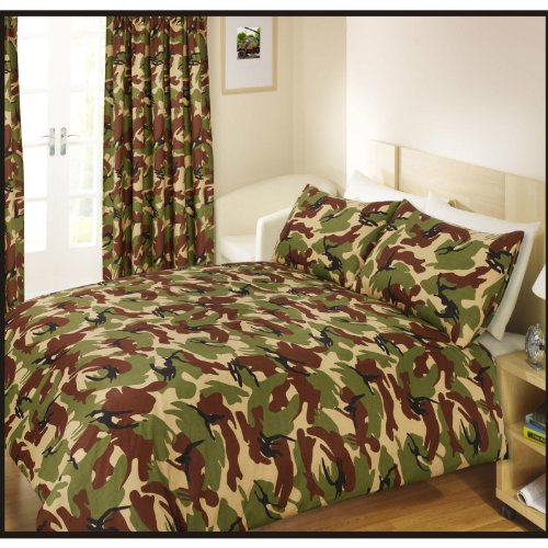 Boys/Kids Camouflage Ready Made Curtain Set (66 X 72 Inch (168 X 183Cm)) (Camouflage) front-907493