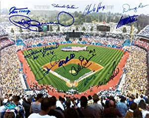 Dodger Stadium photo autographed by Los Angeles Dodgers 12 signatures size 8x10