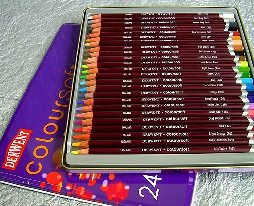 Review: Derwent Coloursoft Pencils