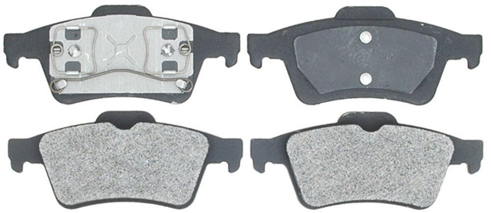 Raybestos PGD973M Professional Grade Semi-Metallic Disc Brake Pad Set