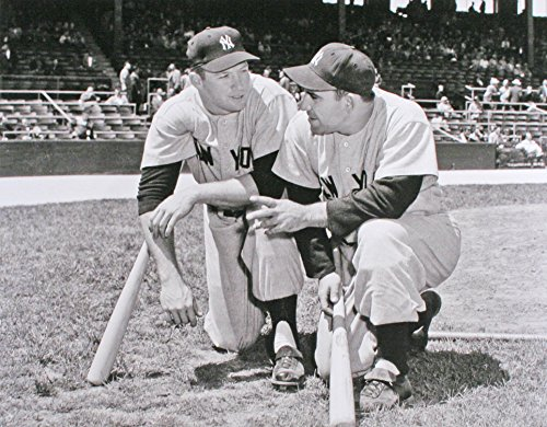 New York Yankees Yogi Berra & Mickey Mantle in 1958. 8x10 Photo (Stores In Bronx Ny)