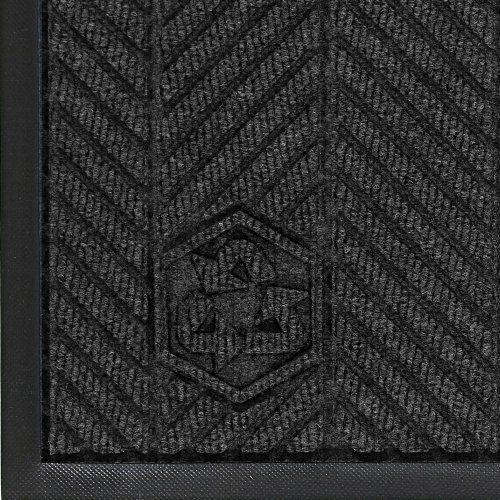 "Andersen 2240 Waterhog Classic Eco Elite Pet Polyester Entrance Indoor Floor Mat, Sbr Rubber Backing, 3' Length X 2' Width, 3/8"" Thick, Black Smoke front-315059"