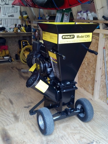 Check Out This Stanley Ch5 15 Hp 420cc Commercial Duty 2 Way Feed Chipper Shredder
