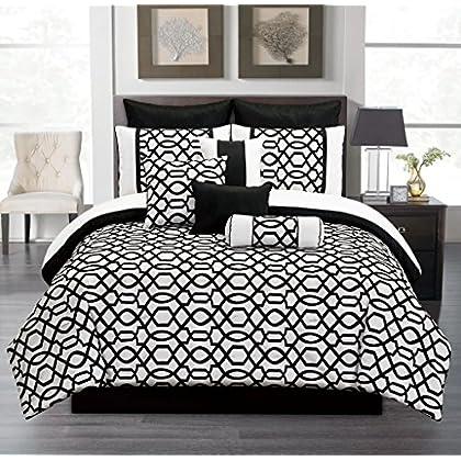 Good  Piece Queen Venturi Black and White Comforter Set