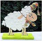 Handarbeit: Holzfigur kleines Schaf mit Strickmütze und Schal ID13723